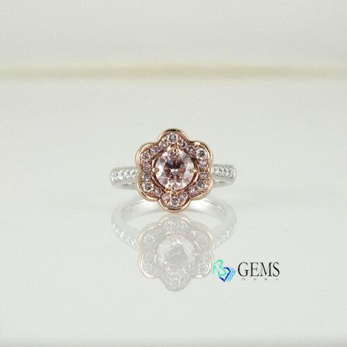 (售出)GIA認證彩鑽 粉鑽小花戒指 輕淡粉棕色0.81克拉 Radiant Gems閃亮寶石