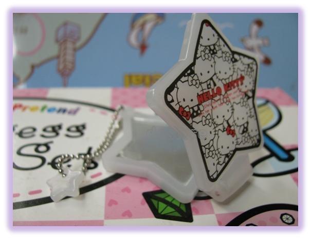 有樂町進口食品 日本 Hello Kitty 娃娃鏡子 手機掛飾鑰匙圈 5號
