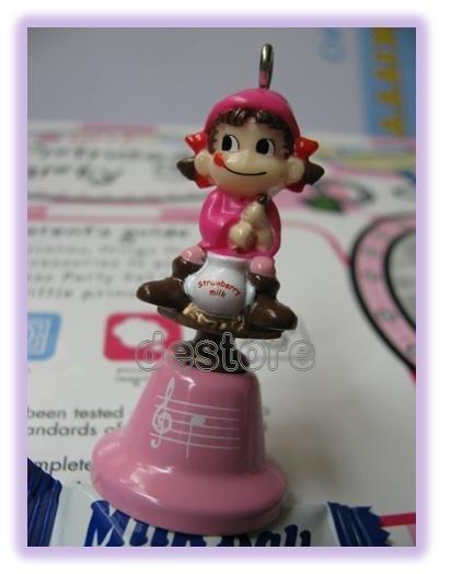 有樂町進口食品 日本Peko不二家娃娃鈴鐺 手機掛飾 8號 - 限時優惠好康折扣