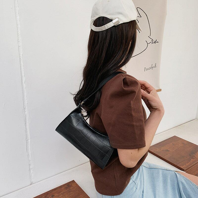 法國簡約包包女2021流行新款潮時尚洋氣鏈條單肩包網紅斜挎包