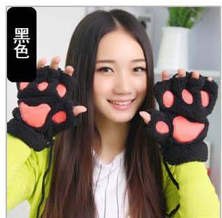 毛絨絨露指熊掌包粉色肉墊保暖手套率(顏色隨機)