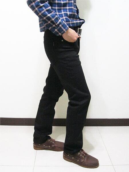 厚刷毛中直筒保暖長褲 熱銷保暖刷毛褲 牛仔褲版型保暖褲 彈性休閒長褲 腰圍有皮帶環(褲耳) 褲檔有拉鍊 黑色長褲(307-7030-10)墨綠(7029-21)黑色 腰圍:M L XL 2L 3L 4L 5L(28~41英吋) [實體店面保障] sun-e 7