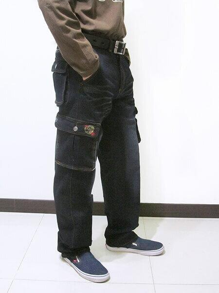 sun-e加大尺碼側貼袋彈性牛仔長褲、大尺碼伸縮立體工作褲、多口袋長褲、貓爪刷白牛仔褲、側貼袋丹寧、休閒牛仔褲、單寧長褲、側貼袋車繡龍圖案、腰圍有皮帶環(褲耳)、褲檔有拉鍊、黑色牛仔褲(307-7167-21)黑色 腰圍:M L XL 2L 3L 4L 5L(28~41英吋) [實體店面保障] 5