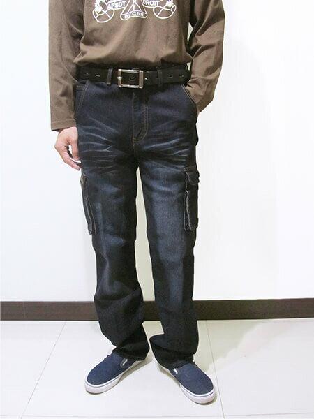 sun-e加大尺碼側貼袋彈性牛仔長褲、大尺碼伸縮立體工作褲、多口袋長褲、貓爪刷白牛仔褲、側貼袋丹寧、休閒牛仔褲、單寧長褲、側貼袋車繡龍圖案、腰圍有皮帶環(褲耳)、褲檔有拉鍊、黑色牛仔褲(307-7167-21)黑色 腰圍:M L XL 2L 3L 4L 5L(28~41英吋) [實體店面保障] 2