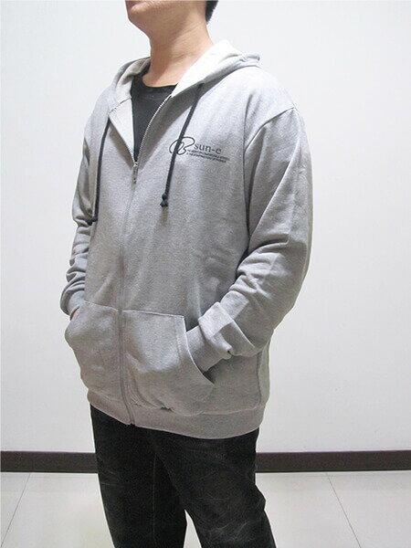 加大尺碼 台灣製棉質連帽外套 運動休閒外套 單層百搭薄外套 美式潮流外套 黑色外套 灰色外套(310-0502-21)黑色、(310-0502-22)灰色 4L 5L(胸圍:56~58英吋) [實體店面保障] sun-e 9
