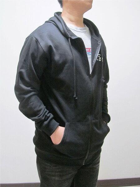 加大尺碼 台灣製棉質連帽外套 運動休閒外套 單層百搭薄外套 美式潮流外套 黑色外套 灰色外套(310-0502-21)黑色、(310-0502-22)灰色 4L 5L(胸圍:56~58英吋) [實體店面保障] sun-e 3