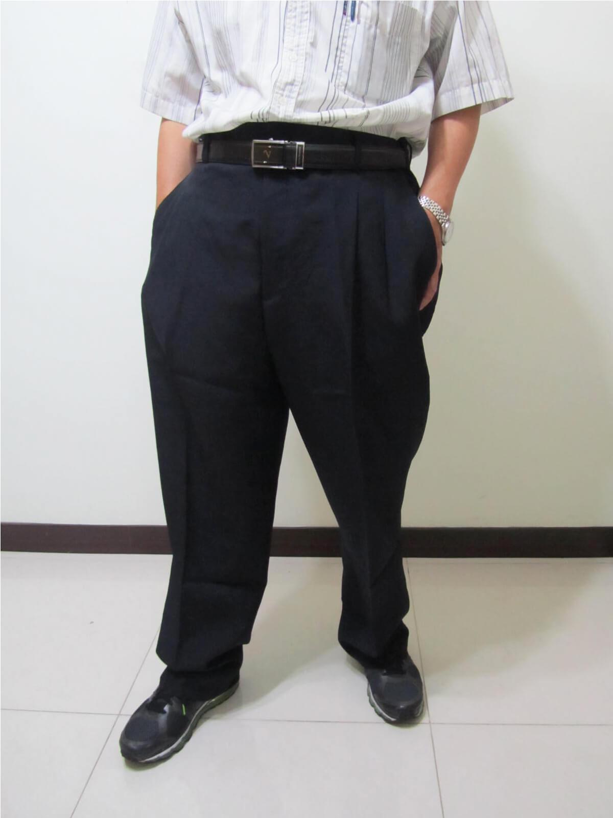 sun-e特加大尺碼西裝褲、加大尺碼打摺西裝褲、加大尺碼西褲、正式場合西裝褲、標準西裝褲、上班西裝褲、商務西裝褲、黑色西裝褲、深藍西裝褲、腰圍有皮帶環(褲耳)、褲檔有拉鍊(321-7007-01)深藍(321-7007-02)黑色 腰圍:42 44 46 48 50 52 54 56(英吋) 1