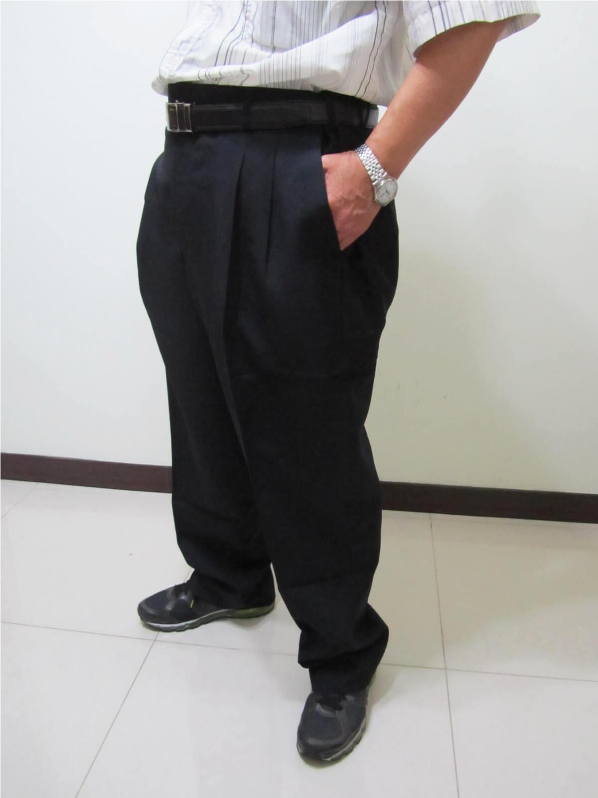 sun-e特加大尺碼西裝褲、加大尺碼打摺西裝褲、加大尺碼西褲、正式場合西裝褲、標準西裝褲、上班西裝褲、商務西裝褲、黑色西裝褲、深藍西裝褲、腰圍有皮帶環(褲耳)、褲檔有拉鍊(321-7007-01)深藍(321-7007-02)黑色 腰圍:42 44 46 48 50 52 54 56(英吋) 2