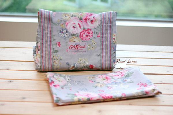 *Realhome*英國名牌Cath Kidston ~全新手提旅行袋 可折疊收納(小) 水藍春玫瑰 ~旅行去吧~