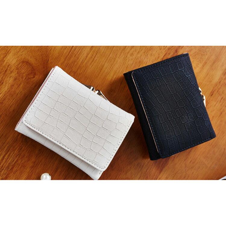 短夾 石頭紋搭扣夾卡包錢包短夾【WNB561-8】 BOBI  12/01 1