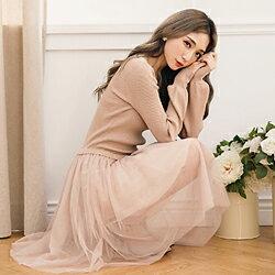 【天母嚴選】V領澎澎袖針織拼接紗裙連身洋裝(共二色)