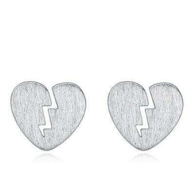 ~925純銀耳環 耳針式耳飾~傷心獨特七夕情人節生日 女飾品73al48~ ~~米蘭 ~