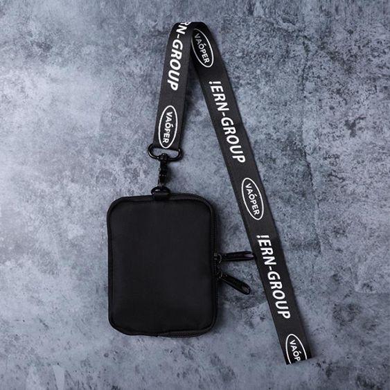VAOPER2019街頭風金屬扣尼龍男女胸包錢包小掛包迷你零錢包錢袋