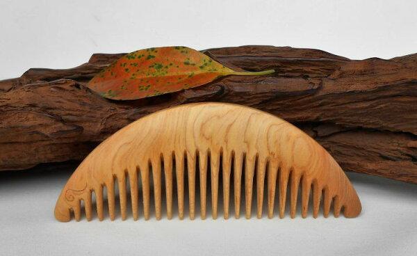 梳活人生原木手工梳小半月半月梳(小)檜木陳憲毅梳子木梳檜木氣味清香型制優美方便攜帶