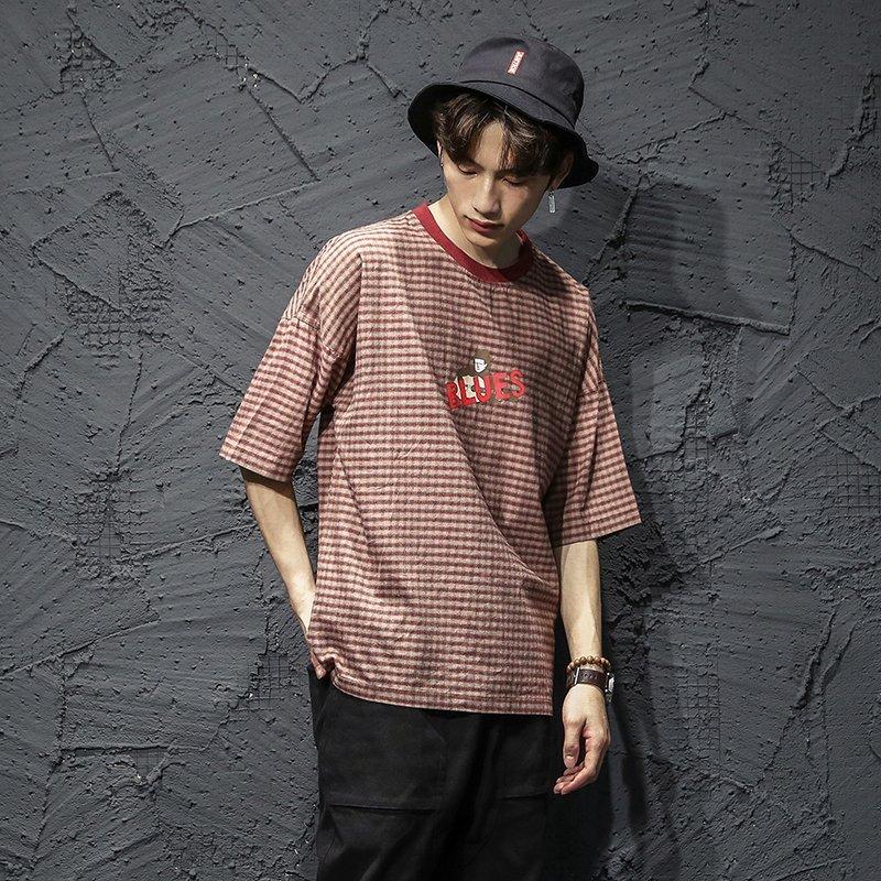 FINDSENSE H1 2018 夏季 個性  清新  格子 文藝  T恤 潮流 寬鬆 短袖  時尚 男 體恤  上衣