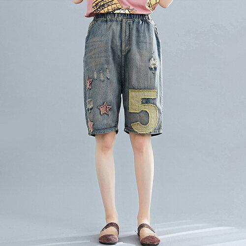 磨破文藝貼布寬鬆鬆緊腰五分牛仔短褲(藍色M~XL)【OREAD】 0