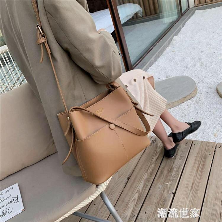 秋冬休閒水桶小包包女2020流行新款潮韓版百搭單肩斜挎時尚手提包
