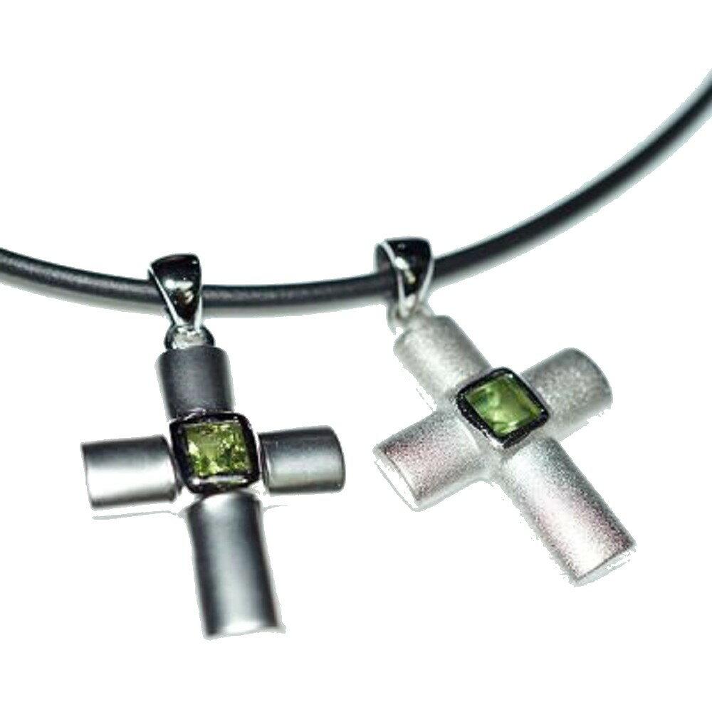 ~喨喨飾品~純銀十字架鑲橄欖石墜飾   皮繩 M337