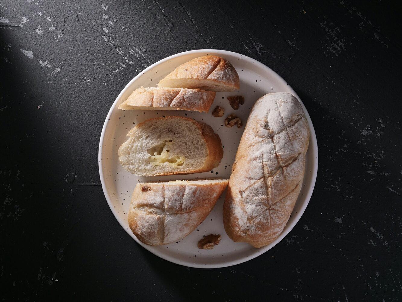 【乳酪核桃軟歐】軟歐麵包系 我們的歐包不一樣 人氣團購 部落客口碑推薦 蘋果日報報導 宅配推薦