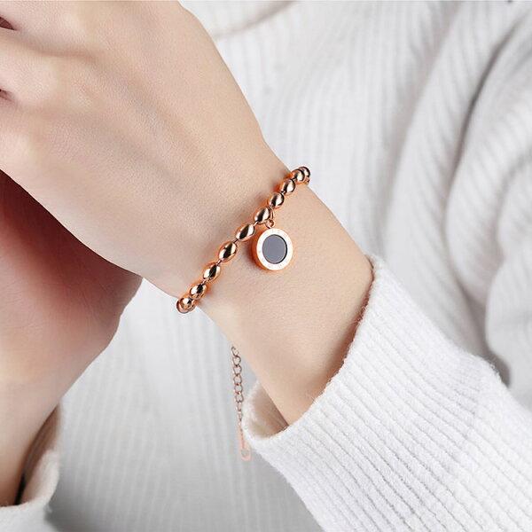 【5折超值價】時尚精美流行圓牌造型女款鈦鋼手鍊