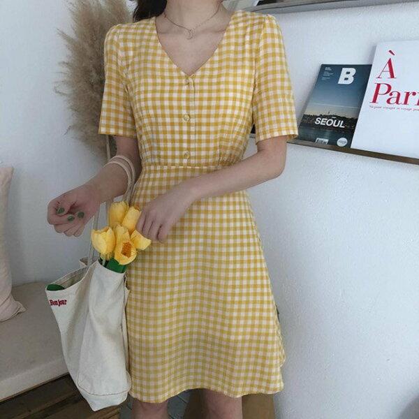 短袖洋裝格紋V領綁帶鈕釦短袖洋裝連身裙【MYPK056】BOBI0621