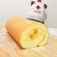 *樂意小坊*《芒芒蛋糕捲》 7.5x17公分/酸酸甜甜的愛文芒果與充滿蛋香的蛋糕搭配,吃多也不膩。-樂意小坊-美食甜點推薦
