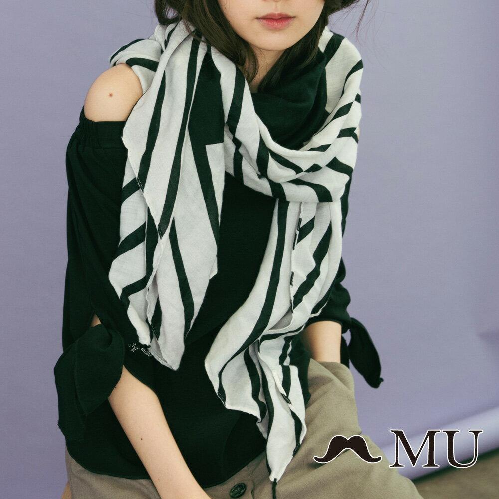 【MU】一字領袖子綁結上衣(2色)8323161 3