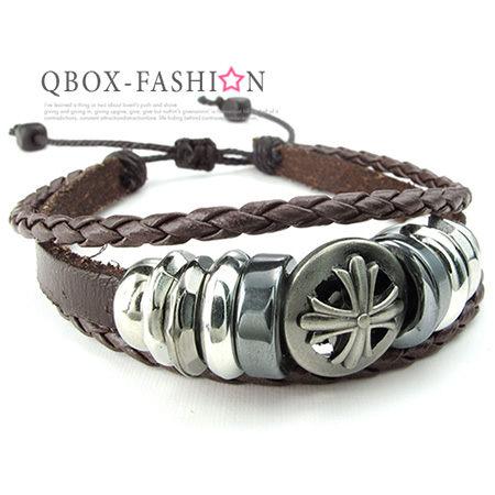 《 QBOX 》FASHION 飾品【W10024411】精緻個性復古圓形克羅心十字架合金皮革手鍊/手環(咖啡色)