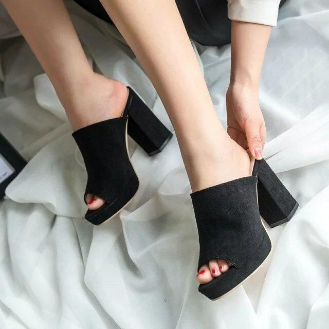 街拍 高跟拖鞋女魚口露趾鞋厚底粗跟涼鞋拖磨砂皮女鞋部落客 款