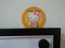 Hello Kitty 3T 隨您貼神奇無痕掛勾(三個一組,花色隨機)