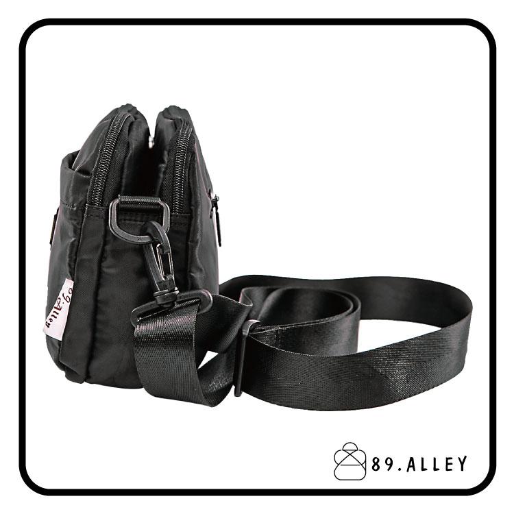 側背包 女包男包 黑色系防水包 輕量尼龍雙層鐵牌情侶斜背包 89.Alley 2