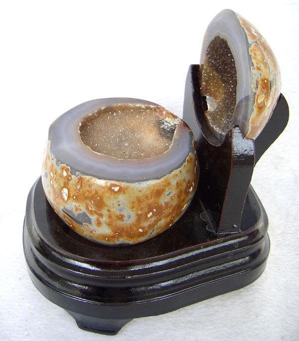 瑪瑙聚寶盆擺件白水晶聚寶盆1.4kg