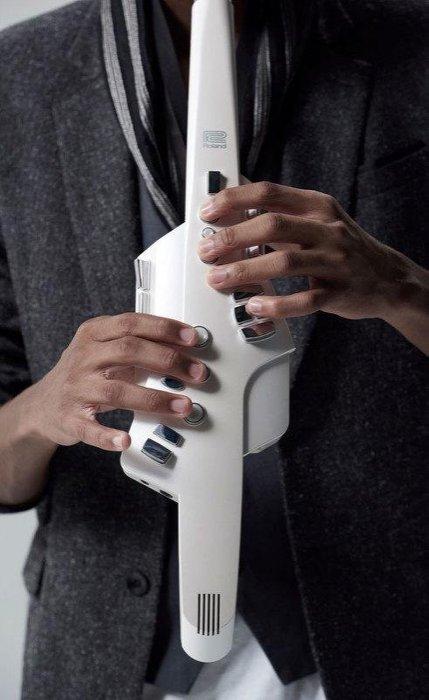 免運 Roland AE-10 Aerophone 電子吹管(電子長笛、雙簧管、薩克斯風 管樂器)【唐尼樂器】