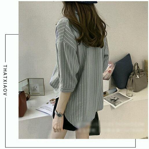 【V2525】shiny藍格子-文青女孩.條紋口袋寬鬆七分袖襯衫上衣 1