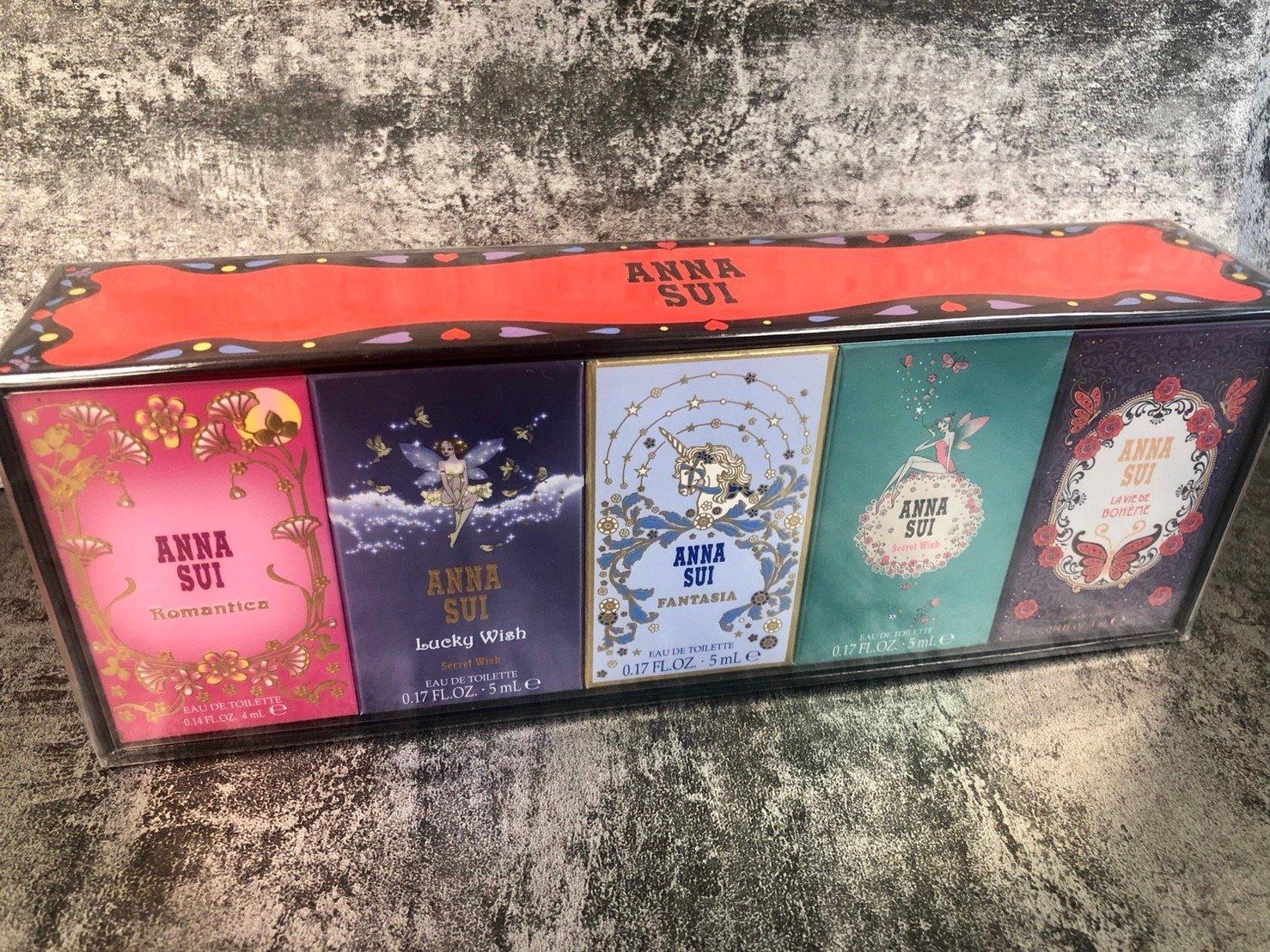 ◐香水綁馬尾◐ANNA SUI 安娜蘇 愛戀迷你小香 5入禮盒(4ml*2+5ml*3) 1