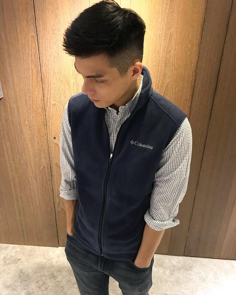 美國百分百【全新真品】Columbia 背心 哥倫比亞 刷毛 棉質 上衣 男款 深藍 無袖 外衣 S號 B950