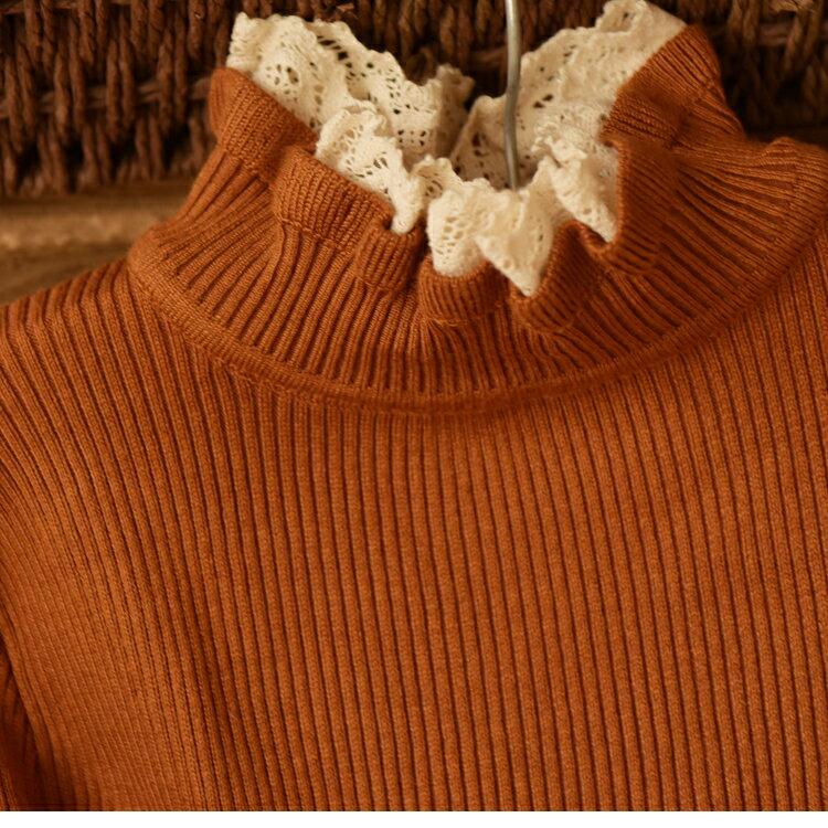 中大尺碼 [暖花] 森立領蕾絲花邊套保暖針織上衣 - 御聖願【全店免運,單筆滿800再折100元,點數再20倍送】