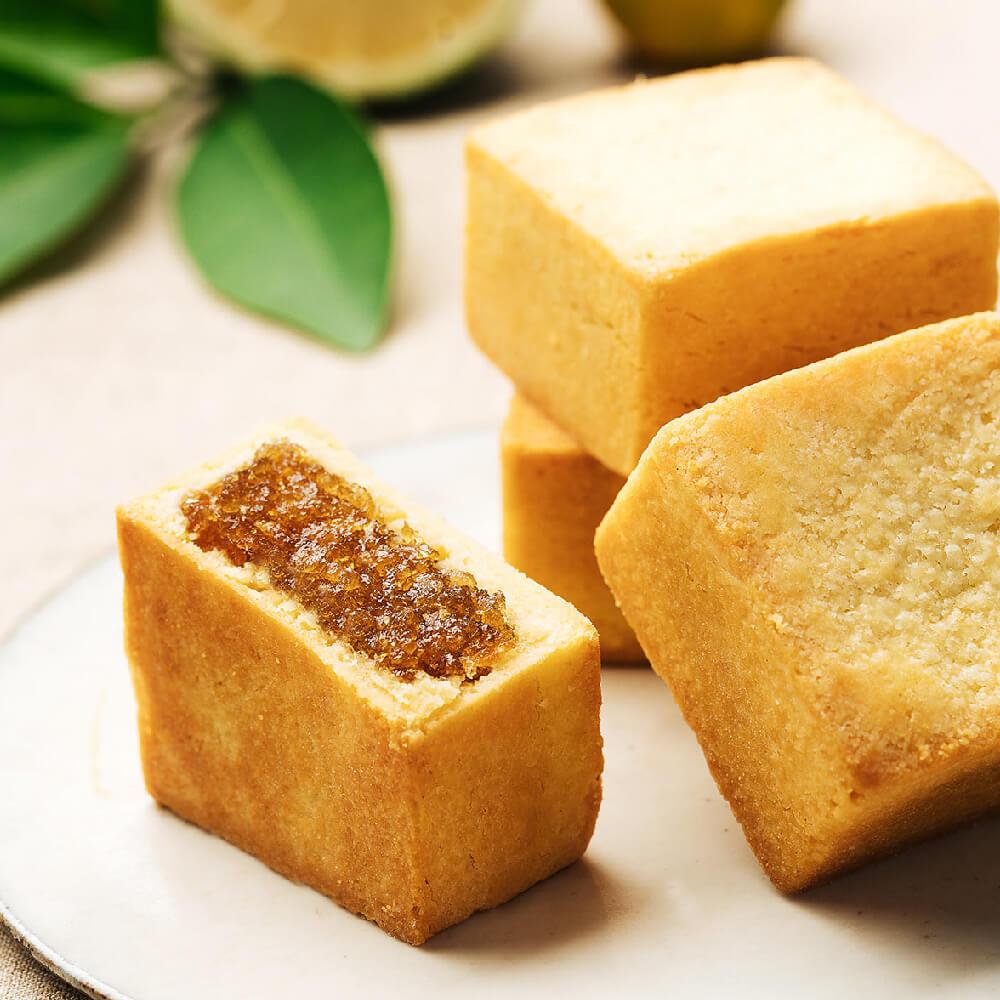 【奇華餅家】果味金酥禮盒12入:鳳梨金酥、蛋黃鳳梨、果漾香芒酥、金桔檸檬酥口味擇一(附精美提袋)