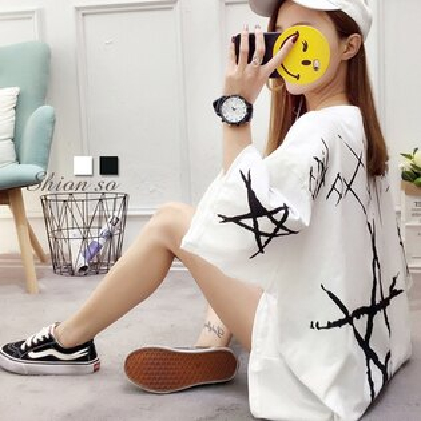 享瘦衣舍中大尺碼【B7355】手繪星星雙面印花長版上衣