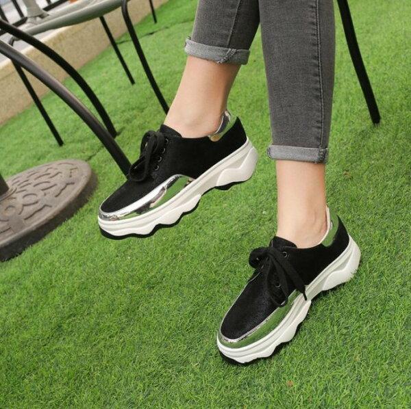 Pyf♥韓版運動風鏡面金屬設計綁帶休閒鞋舒適好走慢跑鞋43大尺碼女鞋