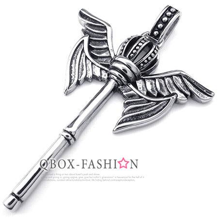《 QBOX 》FASHION 飾品【W10023289】精緻個性飛翼皇冠權杖鑄造316L鈦鋼墬子項鍊