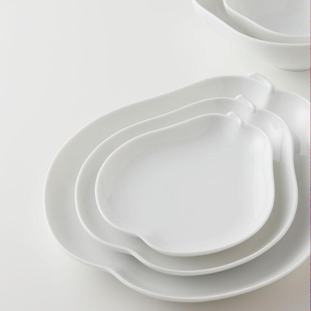 日本陶瓷 小田陶器 小 洋梨盤 西洋梨 葫蘆梨~日本製餐盤 白瓷盤 水果盤 茶點 陶瓷 點心 盤子 碟子