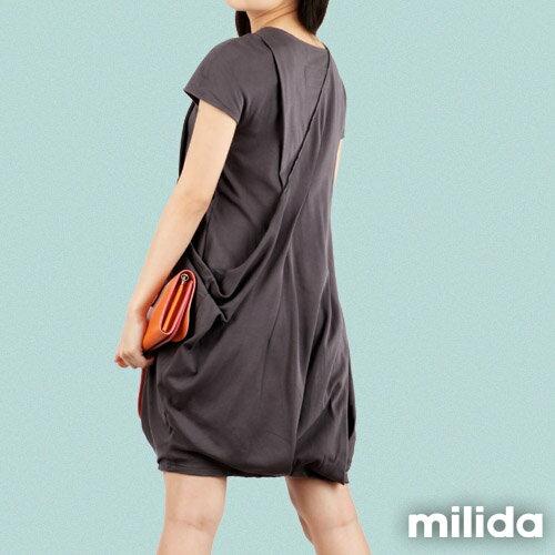 【Milida,全店七折免運】V領俏皮花苞剪裁洋裝 7