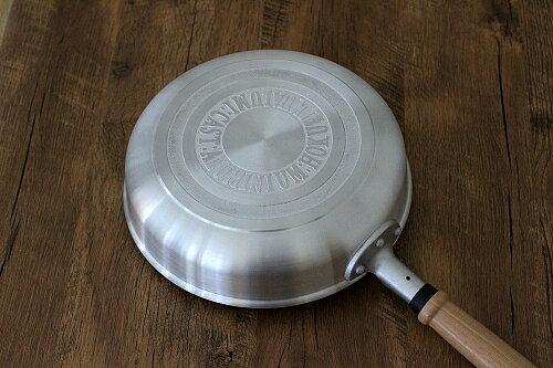 北陸hokua -日本製輕量高聚熱平底鍋 不沾鍋