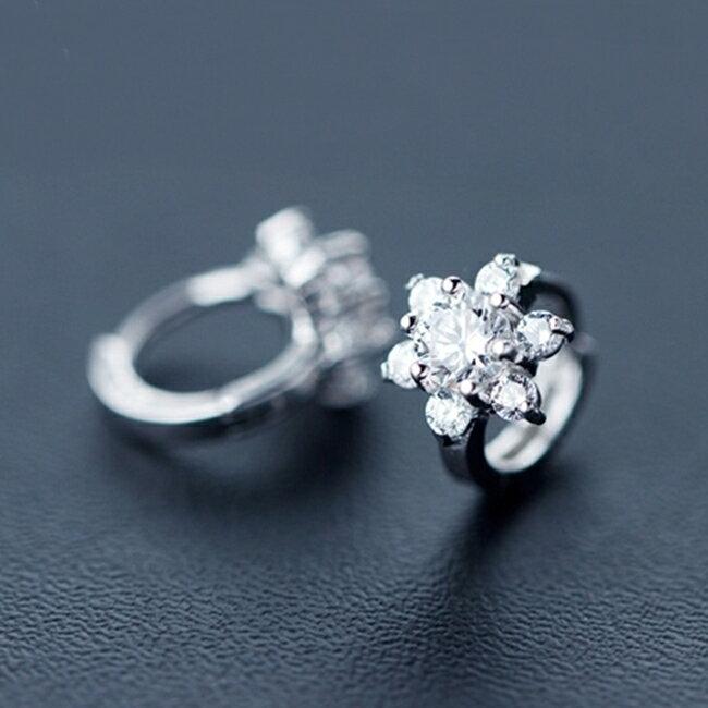 防抗過敏 白色小花雪花 天然白水晶 耳環耳圈扣-銀