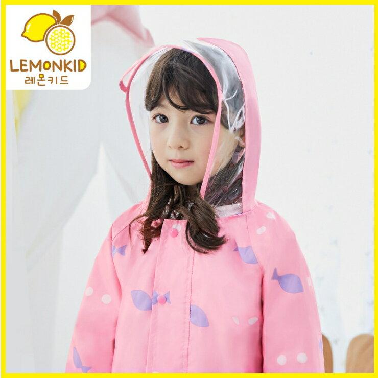 Lemonkid◆ 新款馬卡龍色悠遊小魚兒透明帽沿兒童學生連體式連身雨衣-粉色