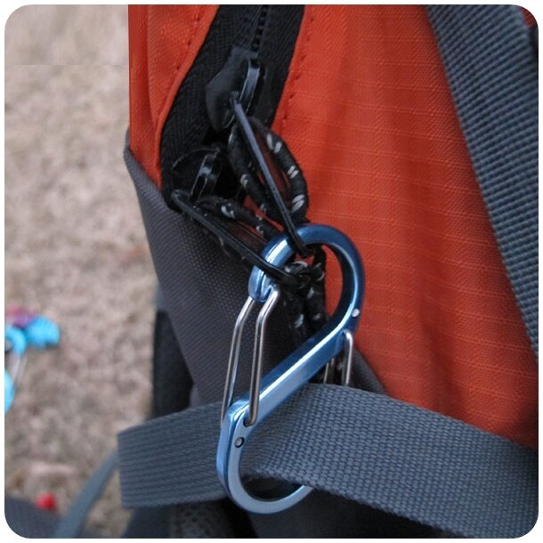 (mina百貨) 8字扣 S型登山扣 合金材質登山扣 戶外鑰匙扣 金屬戶外掛扣 H018