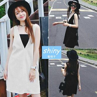 【V1084】shiny藍格子-輕意微春.純色前後大V背心兩件式連身裙