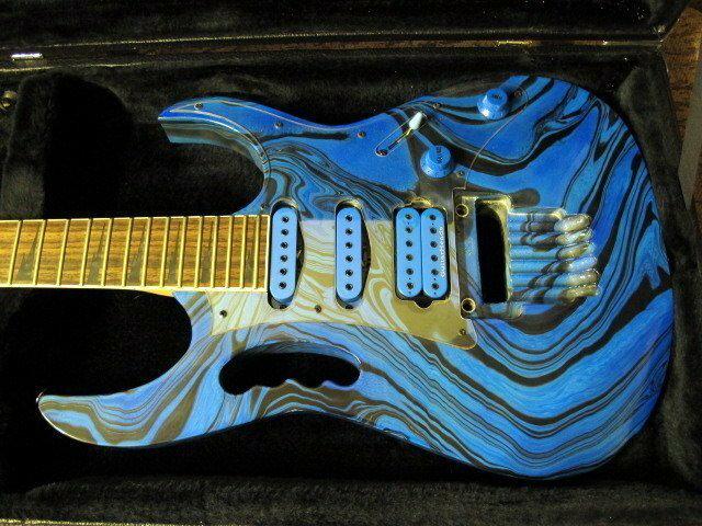 ☆ 收藏出讓︵☆ Ibanez JEM 款電吉他(JEM 琴身訂製改裝)【唐尼樂器】