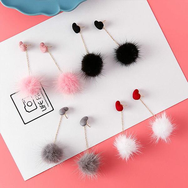 PS Mall 新款 甜美可愛立體愛心貂毛球耳環女日韓版耳墜氣質耳釘飾品【G041】 1